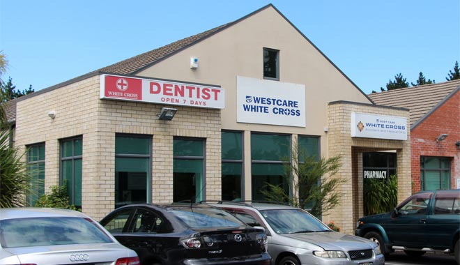 White Cross Dentist New Lynn building